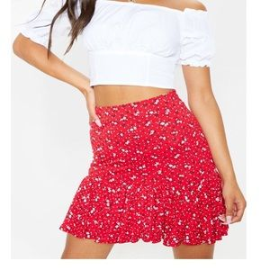 PrettyLittleThing Red Ruffle Swing Skirt 10 NWT